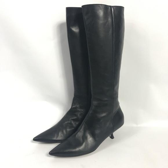 913e7be2eac Moschino knee high kitten heel boots. M 5ad29e1cc9fcdf37f934efab